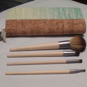 New* Ecotools Day to Night collection- brush set